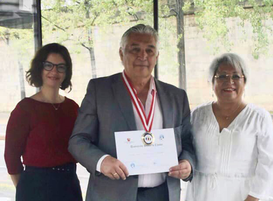 Docente do Ismat recebe distinção Honoris Causa